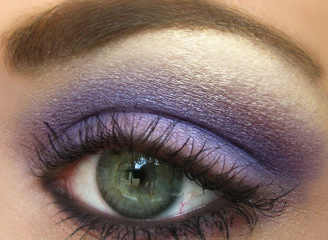 Makeup Looks, Ideas & Trends